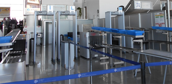 airport xray machine