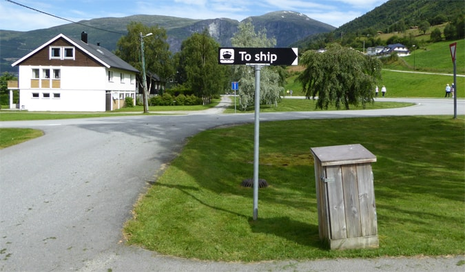 Road signage n Olden Norway